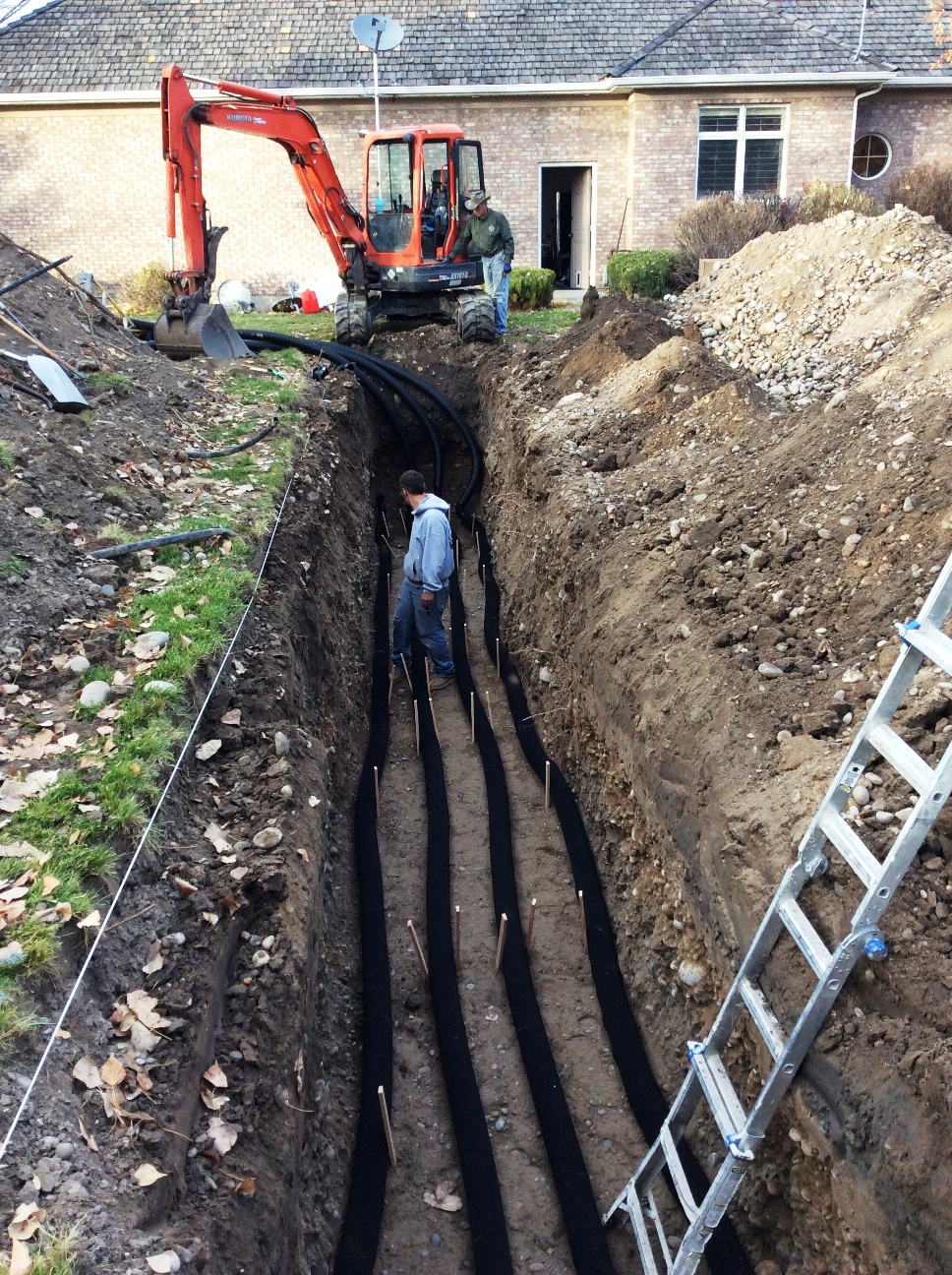 03 Installing corrugated pipes 7' deep
